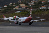 funchal airport image 10