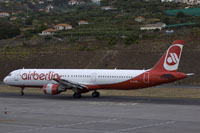 funchal airport image 50