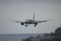 funchal airport image 6