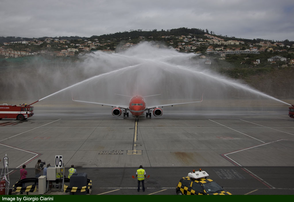 funchal airport image 70
