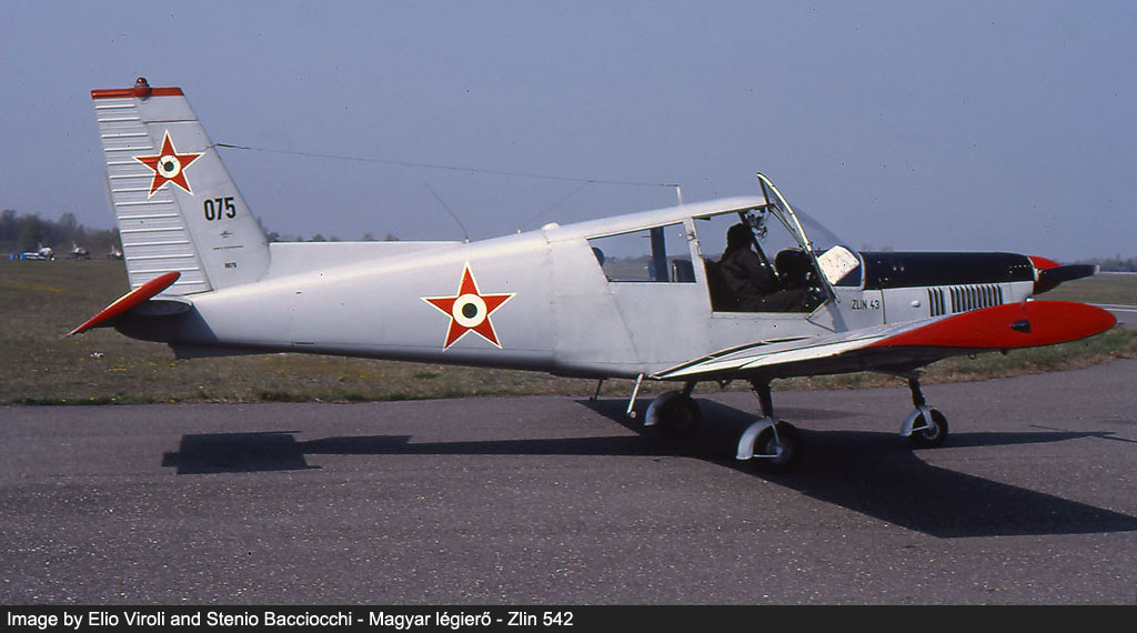 hungarian air force red stars image 10