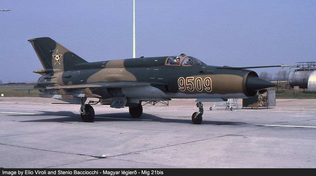 hungarian air force red stars image 5
