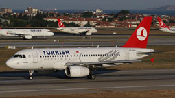 istanbul airport spotting 2012 image 23